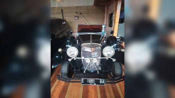 Penampakan Mobil Adolf Hitler Pimpinan NAZI di Kuningan, Ini Penjelasan Pemiliknya, Ternyata . . .