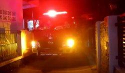 Kebakaran, Warga di Sukabumi Tegang saat Tunggu Mobil Damkar Datang, Kesulitan karena Jalan Sempit