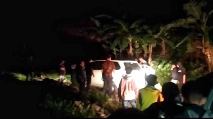Cerita Lengkap Sopir Tersesat di Hutan saat Malam Jumat, Kanan Kiri Jalan Diselimuti Kabut