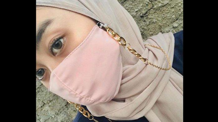 Cerita Pemilik Flmeeshop Produksi Strap Mask yang Sedang Hits, Awalnya Lihat Selebgram Pakai