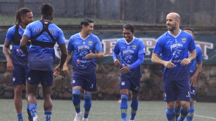 Pemain baru Persib Bandung Mohammed Bassim Rashid sudah ikut berlatih.