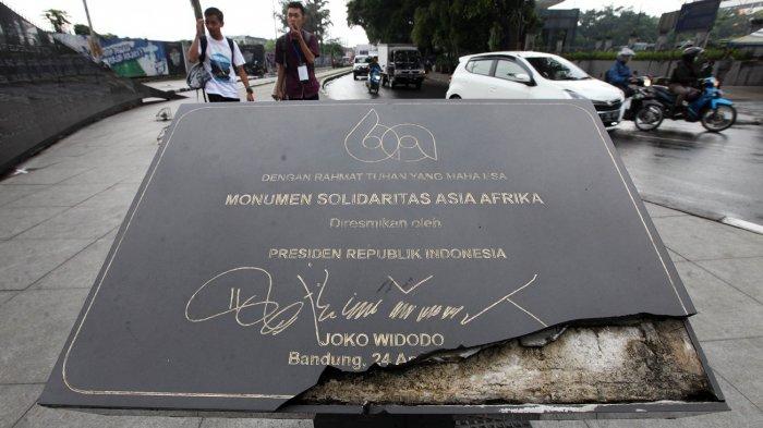 FOTO: Monumen Solidaritas Asia Afrika Rusak, Belum Ada Tindakan dari Pemerintah Kota Bandung