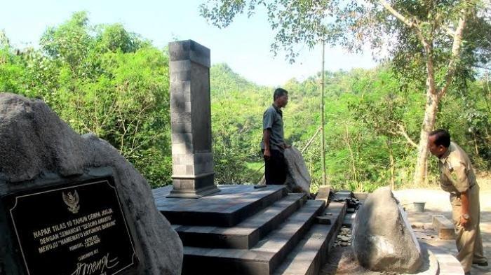 Warga Yogyakarta Mengenang 15 Tahun Gempa Bumi 2006, Bersihkan Monumen hingga Acara Refleksi