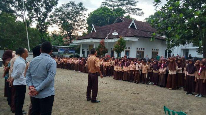 Bangunan Sekolah Rata Gara-gara Proyek KCIC, Ratusan Murid SDN 1 Malangnengah Pindah ke Kantor Desa
