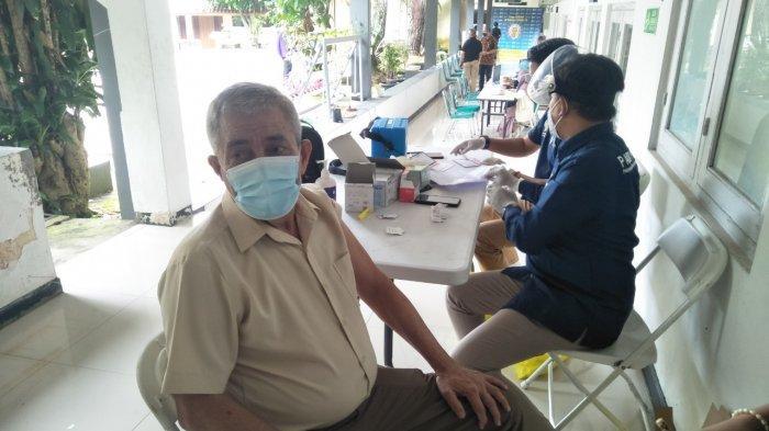 4,4 Juta Lansia Divaksinasi Covid-19 Rabu Pekan Ini, Jabar Prioritaskan Daerah Rawan