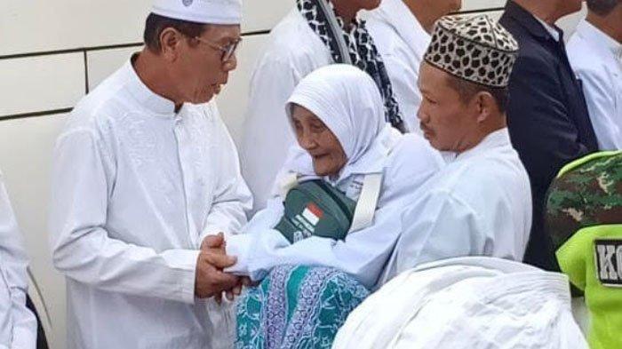 Imam Masjidil Haram Puji Jamaah Haji Indonesia, Orang-orangnya Lemah Lembuh dan Rendah Hati