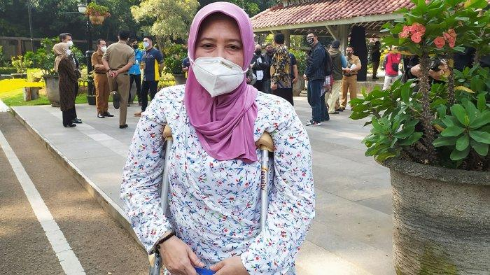 Terima Rp 600 Ribu Bansos PPKM Darurat Kota Bandung Neng Sadiah Bersyukur, Mau Dipakai Bayar Listrik