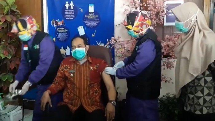 Jawa Barat Siap Kirimkan 253.640 Vial Vaksin Covid-19 untuk Vaksinasi Suntikan Kedua