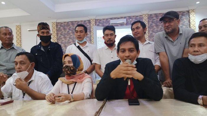 Nina-Lucky Dilantik Jadi Bupati-Wakil Bupati Indramayu, Pagar Pembatas Pendopo Langsung Dibongkar