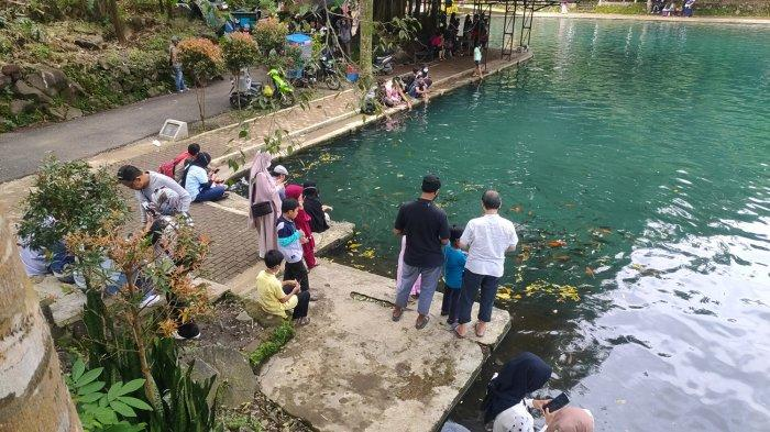 Objek wisata Situ Cipanten yang berada di Desa Gunung Kuning, Kecamatan Sindang, Kabupaten Majalengka, Sabtu (3/4/2021).