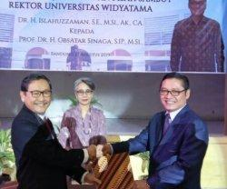 Obsatar Sinaga, Calon Kuat Rektor Unpad Itu Kini Justru Jadi Rektor Universitas Widyatama