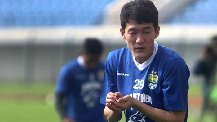 The Best Eleven Pernah Main Bareng Mantan Gelandang Persib yang Pensiun, Kini Pilih jadi Pelatih