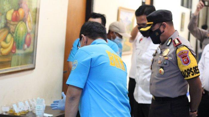 Buntut Anggotanya Terlibat Pengeroyokan Polisi, Belasan Pengurus Ormas di Sumedang Dites Urine