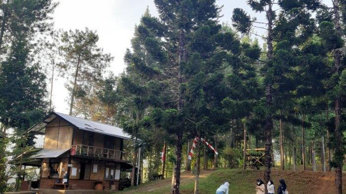 Wisata Alam di Bandung Barat, Bisa Piknik Hingga Berkemah, Ada Villa Kayu dan Perpustakaan Juga Loh