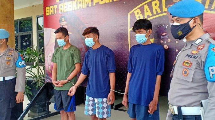 Pakai Mobil Modifikasi dan Tenteng Airsoft Gun, Tiga Pemuda Ini Mengaku Polisi Jarah Harta Korban