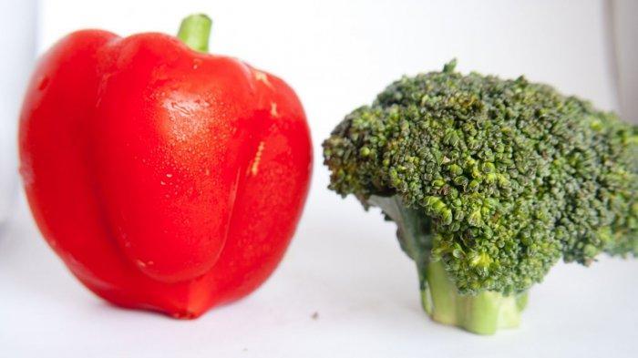 Paprika merah dan brokoli