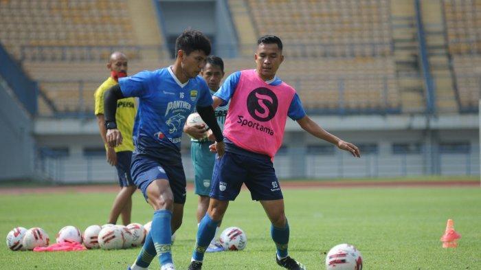 Robert Alberts: Diberi Tes Daya Tahan Tubuh, Para Pemain Persib Bandung Berlatih dengan Enjoy
