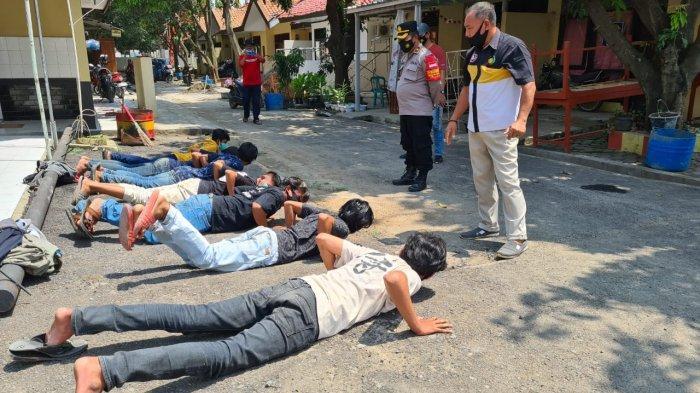 Tertangkap Basah Pesta Miras, Remaja di Indramayu Diamankan Polisi dan Dipanggil Orangtuanya