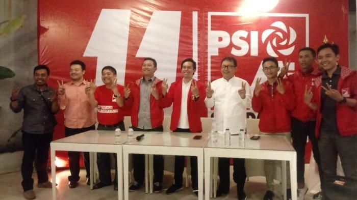 PSI Deklarasikan Dukungan untuk Yossi Irianto-Aries Supriatna di Piwalkot Bandung