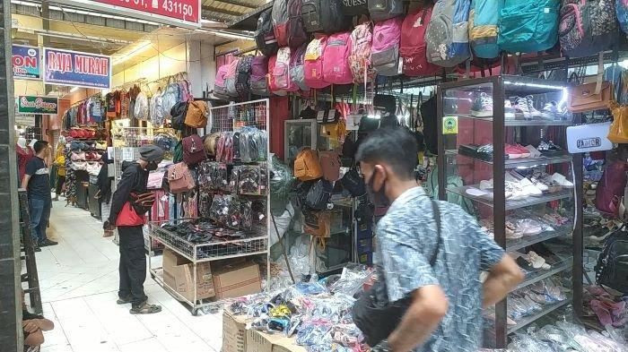 Sepi Pembeli, Pedagang di Pasar Palabuhanratu Sebut Karena Faktor Penyekatan