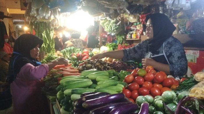 Setelah ''Menggila'', Harga Cabai Rawit di Pasar Panorama Lembang Kini Turun Jadi Rp 60 Ribu