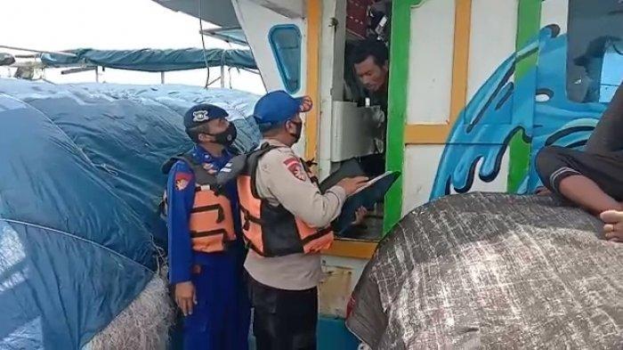Jangan Coba-coba Mudik Lewat Laut, Polisi di Indramayu Terus Lakukan Patroli Perairan