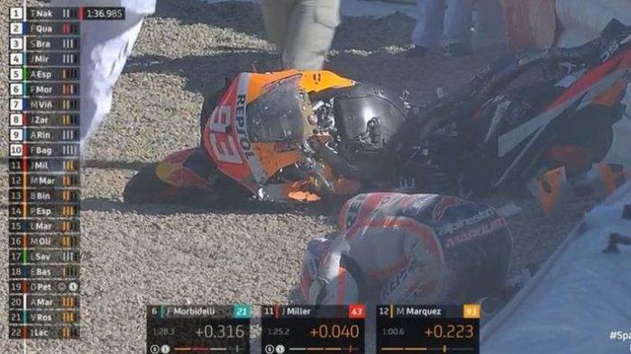 Pebalap Repsol Honda Marc Marquez mengalami kecelakaan pada latihan bebas di Sirkuit Jerez, Spanyol, Sabtu (1/5/2021) (MotoGP)