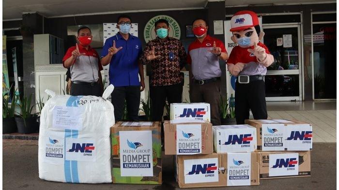 Peduli Negeri, JNE Distribusikan 100 Ton Bantuan Covid-19 di 2020 ke Ribuan Faskes dan LembagaLain