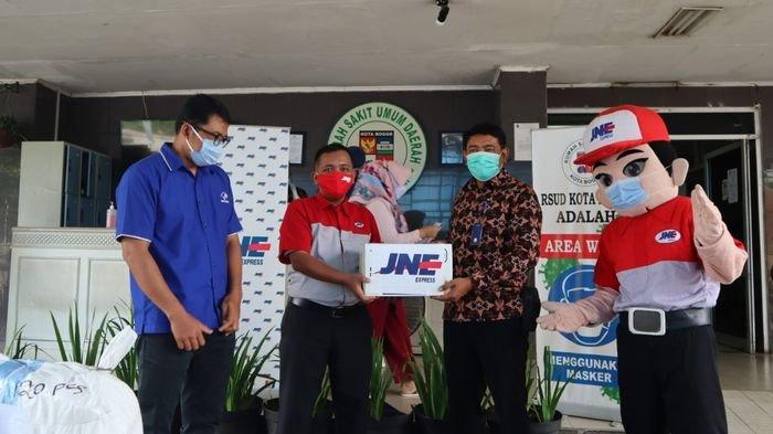 Peduli Negeri, JNE Salurkan 100 Ton Bantuan Covid-19Selama 2020 ke Ribuan Faskes dan Lembaga Lain