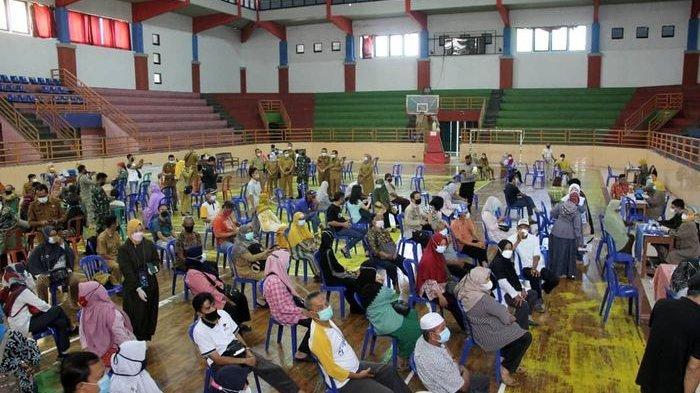 Ini Penyebab Vaksinasi Covid-19 Bagi Lansia di Kabupaten Cirebon Masih Rendah
