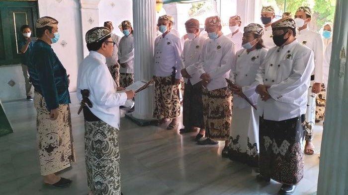 Raharjo Djali Lantik Perangkat, BPKK Tegaskan Sosok Inilah Sultan Keraton Kasepuhan Cirebon yang Sah