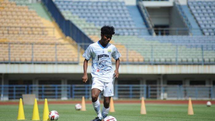 Young Gun Persib Bandung Ini Teladani Pemain Senior: 'Mereka Optimistis Jalani Situasi Sulit'