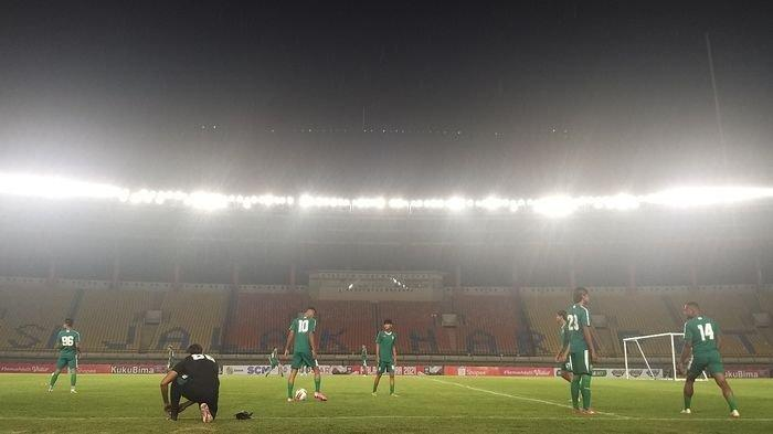 Persib Bandung vs Persebaya Surabaya di 8 Besar Piala Menpora 2021, Robert Alberts Bawa 20 Pemain