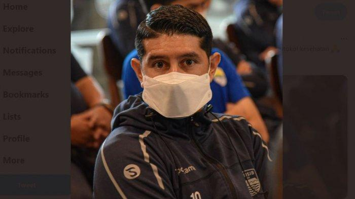 Pemain Persib Esteban Vizcarra Ajak Bobotoh Pakai Masker, Taat Protokol Kesehatan