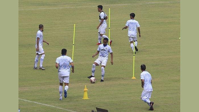 Tak Ada Pemain Asing di Latihan Perdana Persib Bandung, Wander Luiz Akhir Pekan Ini Baru Berangkat