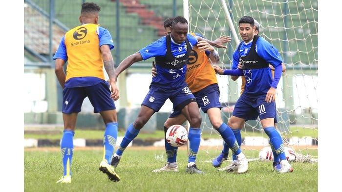 PSS Sleman vs Persib Bandung - Victor Igbonefo: ''Kami Harus Improve''