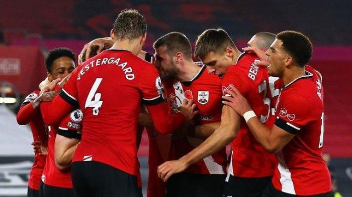 Pemain Southampton berselebrasi saat melawan Newcastle United dalam lanjutan Liga Inggris di Stadion St Marys, Sabtu (7/11/2020) dini hari WIB.