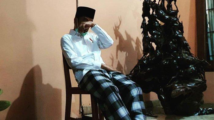 Momen Sedih Jokowi yang Ditinggal Sang Ibu, Turun Tangan Kuburkan Jenazah Sujiatmi Notomiharjo