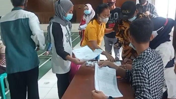 Bupati Cianjur Sebut Warga yang Mendapat Bantuan PPKM Darurat Hanya yang Terdaftar di DTKS