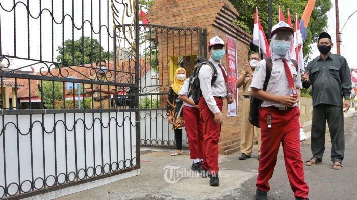 Sejumlah Sekolah Sudah Gelar PTM, Siti Nadia: PTM Adalah Pilihan, Keputusan Akhir Ada di Orang Tua