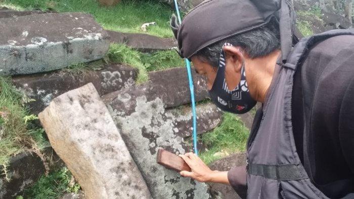 ADA APA? Batu-batu di Situs Cagar Budaya Gunung Padang Cianjur Disikat Satu Per Satu