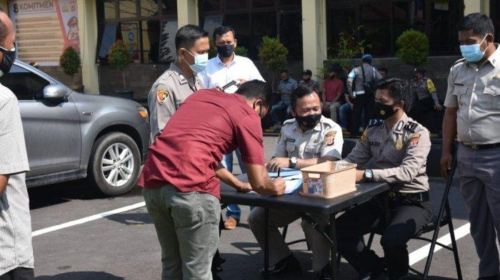 Puluhan Personel Tak Penuhi Syarat Pegang Senpi, Propam Polresta Cirebon Amankan Senjata Api