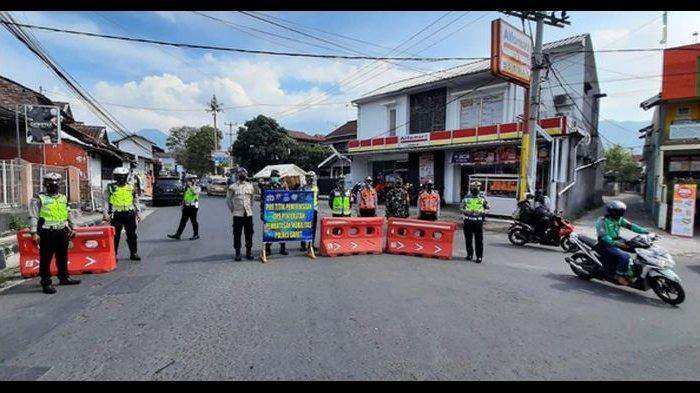 Kabupaten Garut Zona Merah, Lima Titik Jalur Masuk Dijaga Ketat Petugas Kepolisian