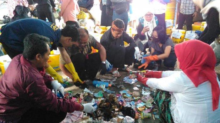 Setiap Kepala Keluarga di Babakan Sari Diajarkan Memilah Sampah
