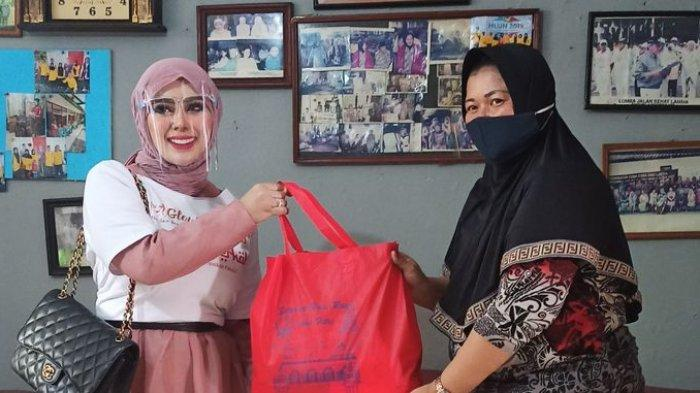 J Glow Berbagi Berkah, Berikan Donasi dan Sembako untuk Yayasan Panti Sosial