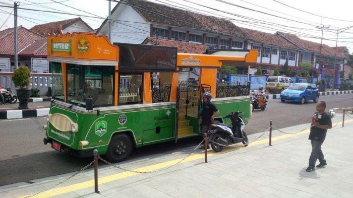 Ngabuburit Pakai Bus Motekar Selama Ramadan, Warga Majalengka Diajak ke Tempat-tempat Bersejarah