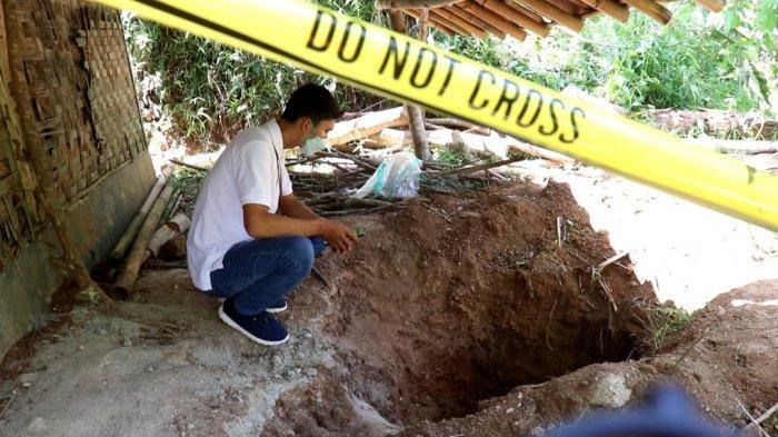 Penampakan Galian Kuburan Korban Pembunuhan di Cikidang Sukabumi, Masih Bau Menyengat