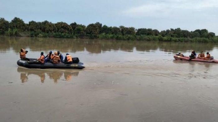 Sungai Cimanuk di Kawasan Indramayu Malam Ini Statusnya Siaga, Debit Air Meningkat Signifikan