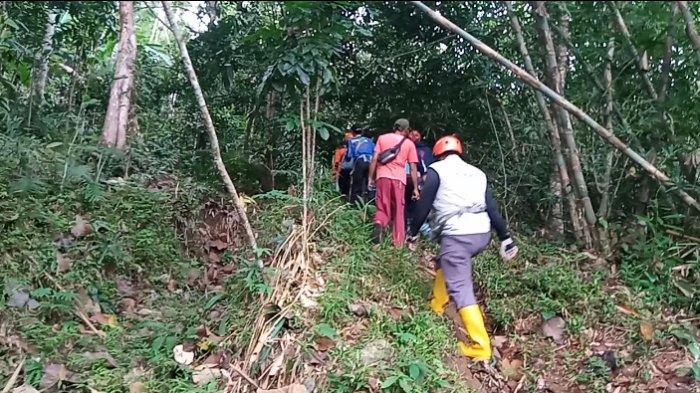 Kasno, Warga yang Hilang di Bukit Pasir Andong Belum Juga Ditemukan, Ada yang Lihat Sedang Semedi