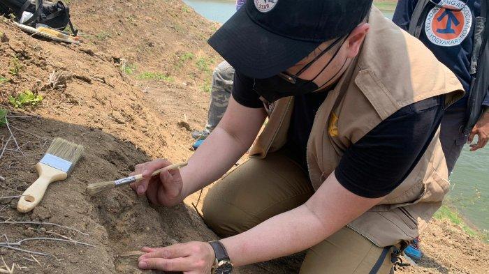 Lokasi Penemuan Fosil Hewan di Bandung Barat Dijaga Aparat Gabungan Selama 24 Jam